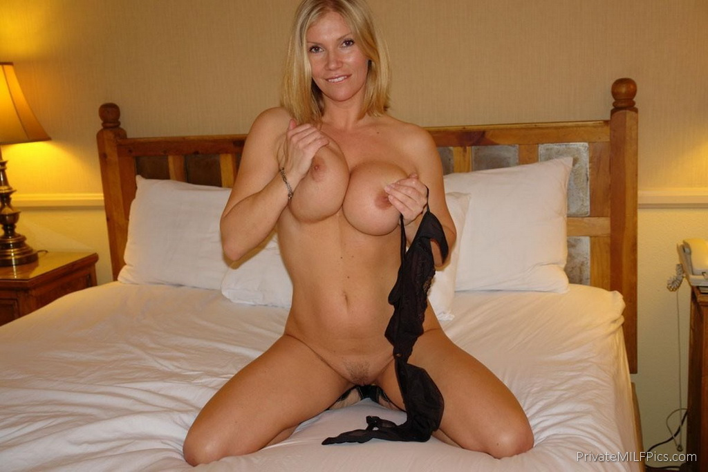 Hot Cougars Pussy