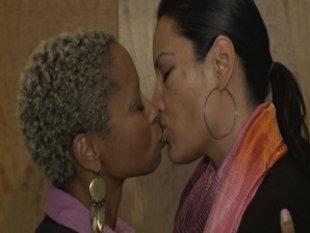 Red F. reccomend Amateur interracial kiss