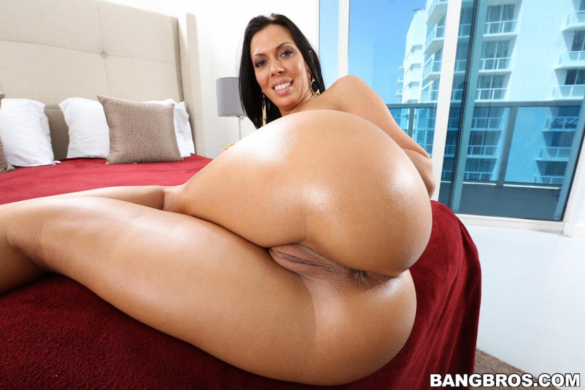 Mandy smith ass photo