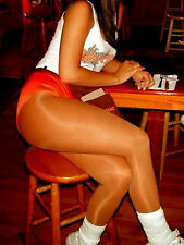Tiger's E. reccomend Pantyhose waitress hooters hooters
