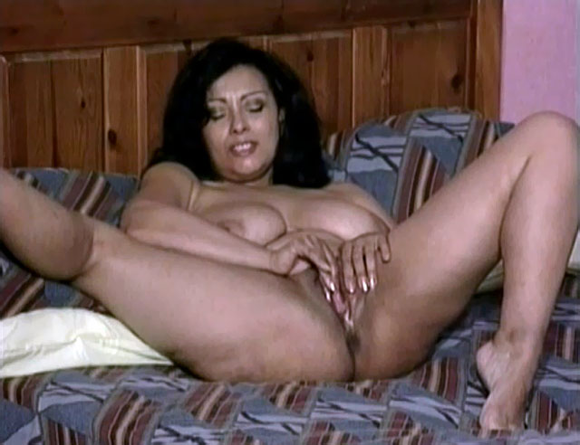 Seems Mother naked pussy with son