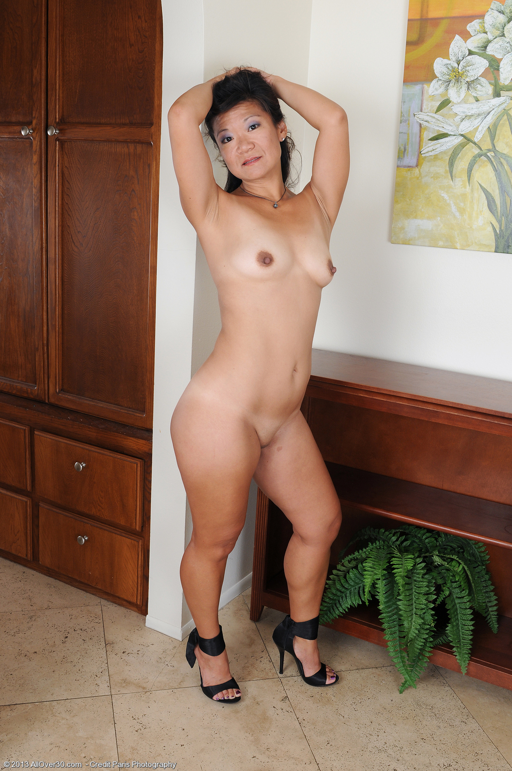 Cute nude mature women