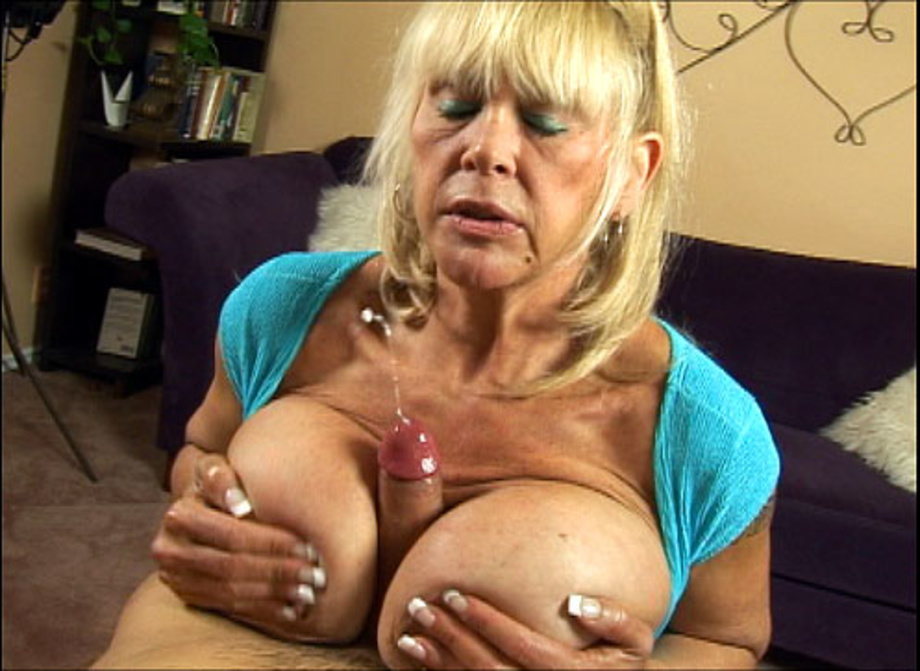 Big Mature Tit Wank Nude Pics