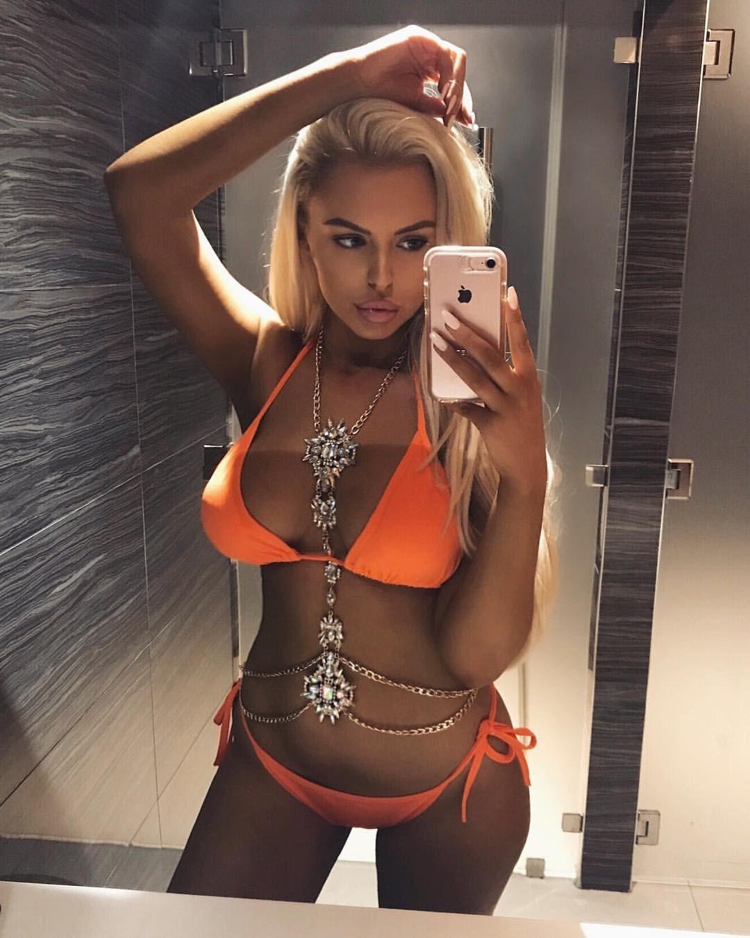 seems good blonde twerking suck dick orgy not very well? will