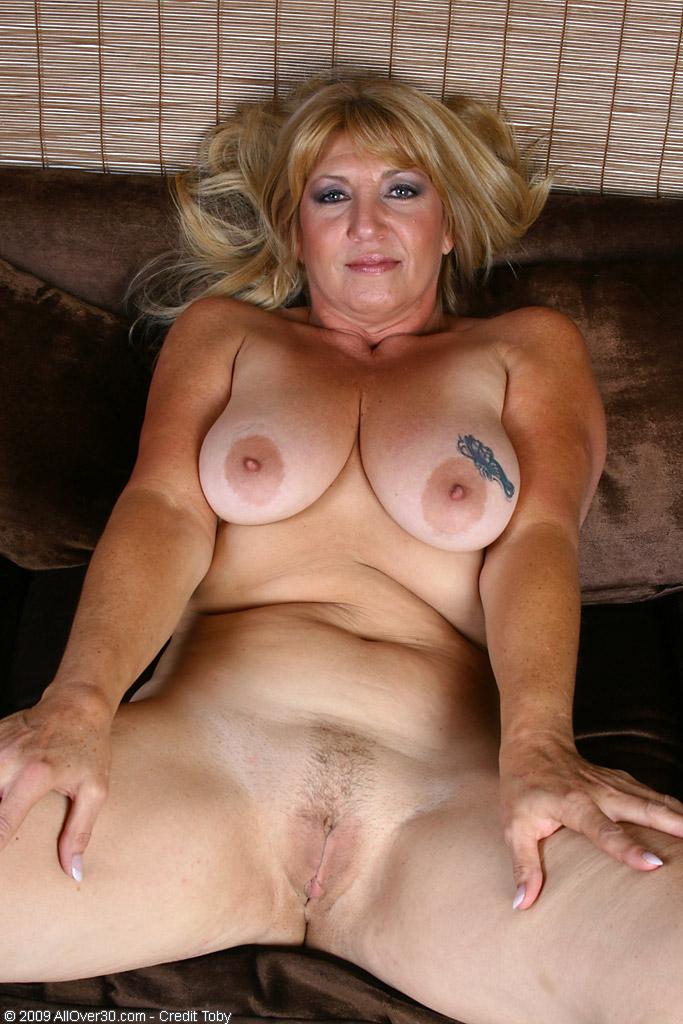 Bust nude mature porn