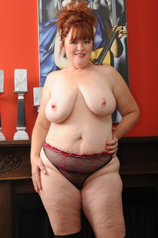 Fat milf naked
