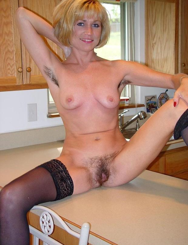 Files breast black pearl