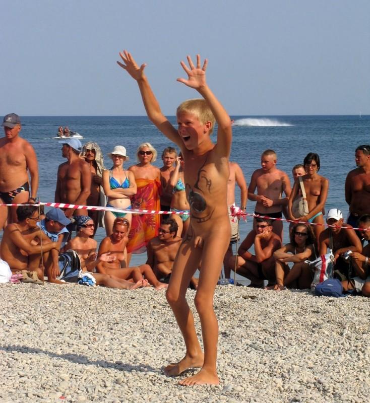 Russian nudist fun