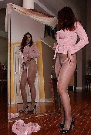 Fumble reccomend Her pantyhose in front of