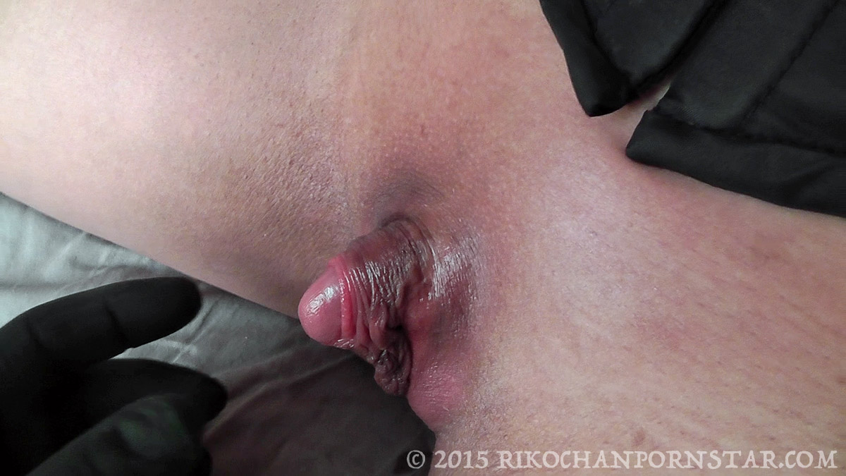 might pissing clit Linda big