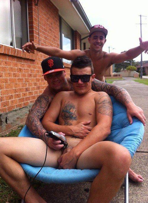 Stopper reccomend Nude guys str8